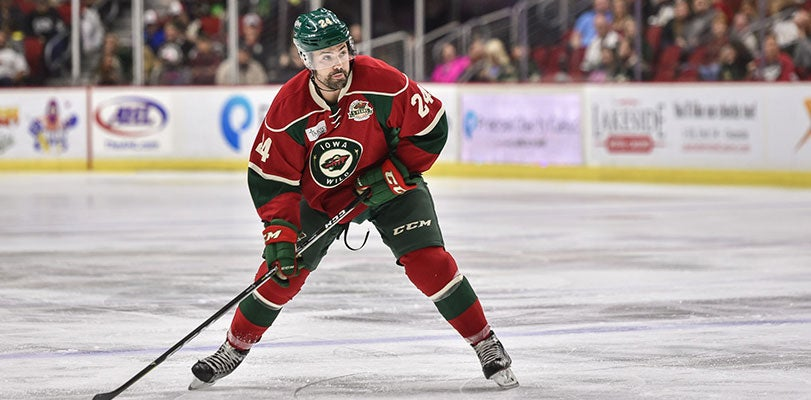 WILD RESIGNS MURPHY TO A ONE-YEAR, TWO-WAY CONTRACT