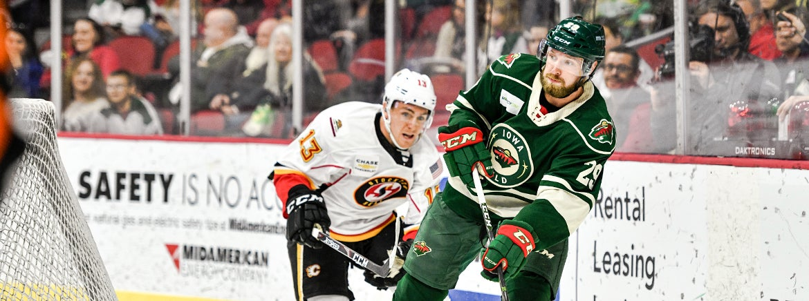 IOWA WILD RE-SIGNS KEATON THOMPSON